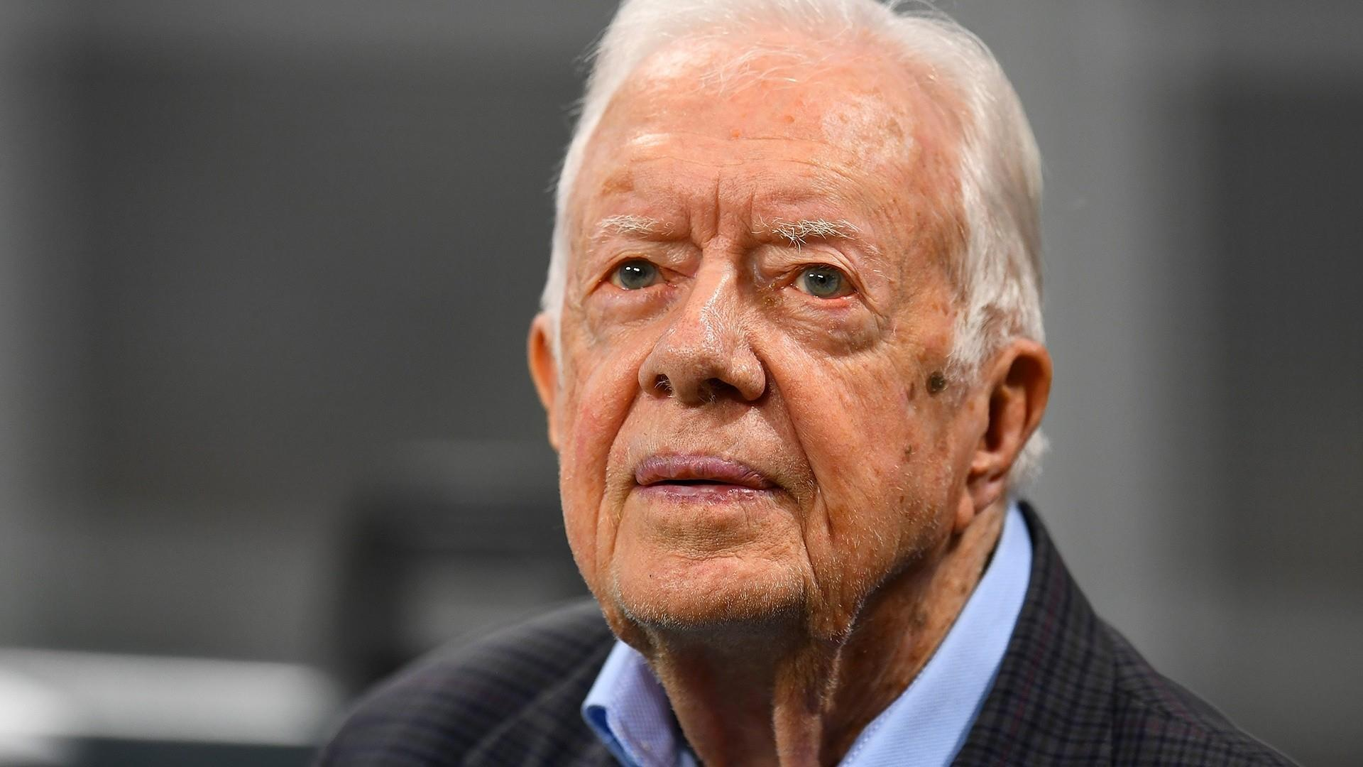 Jimmy Carter recovering from surgery after breaking hip
