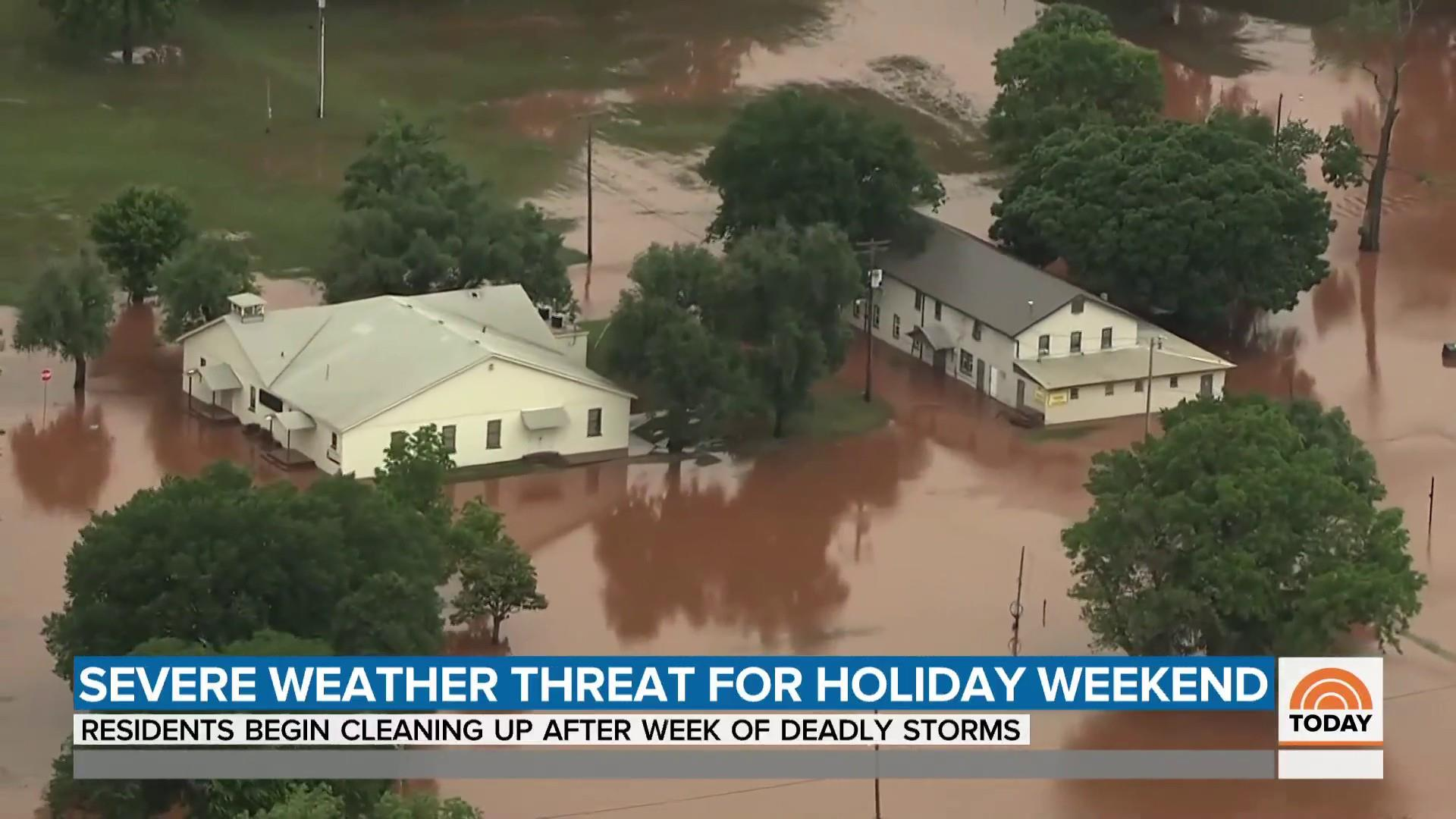 Stormy weather across U.S. as millions try to get away for the holiday weekend