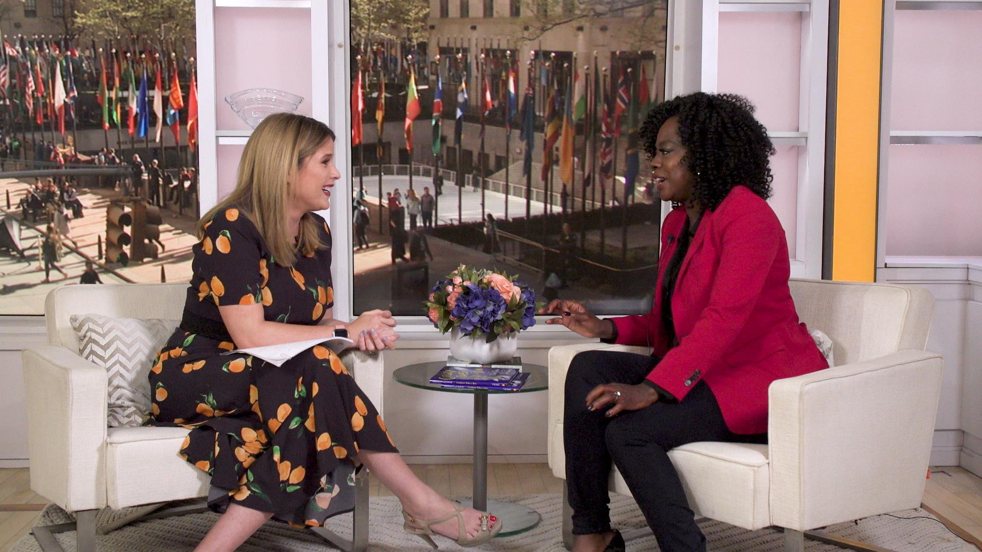 Viola Davis chats reading, husband and movies on 'Open Book'