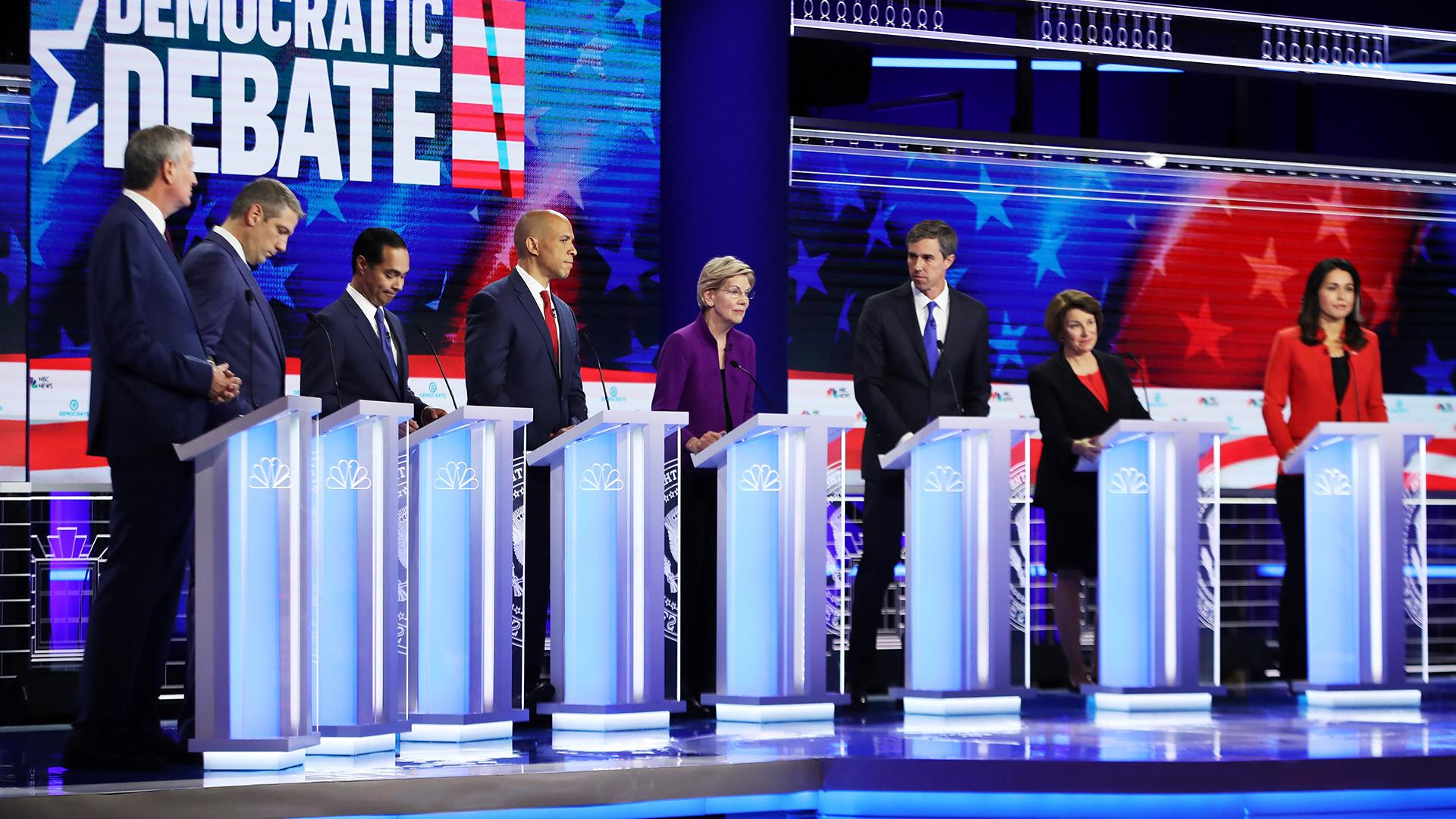 Would Democratic candidates get rid of private health insurance?