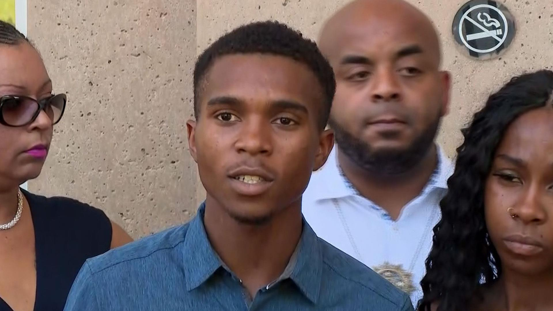 Phoenix man feared family was about to be 'executed' by police over stolen doll