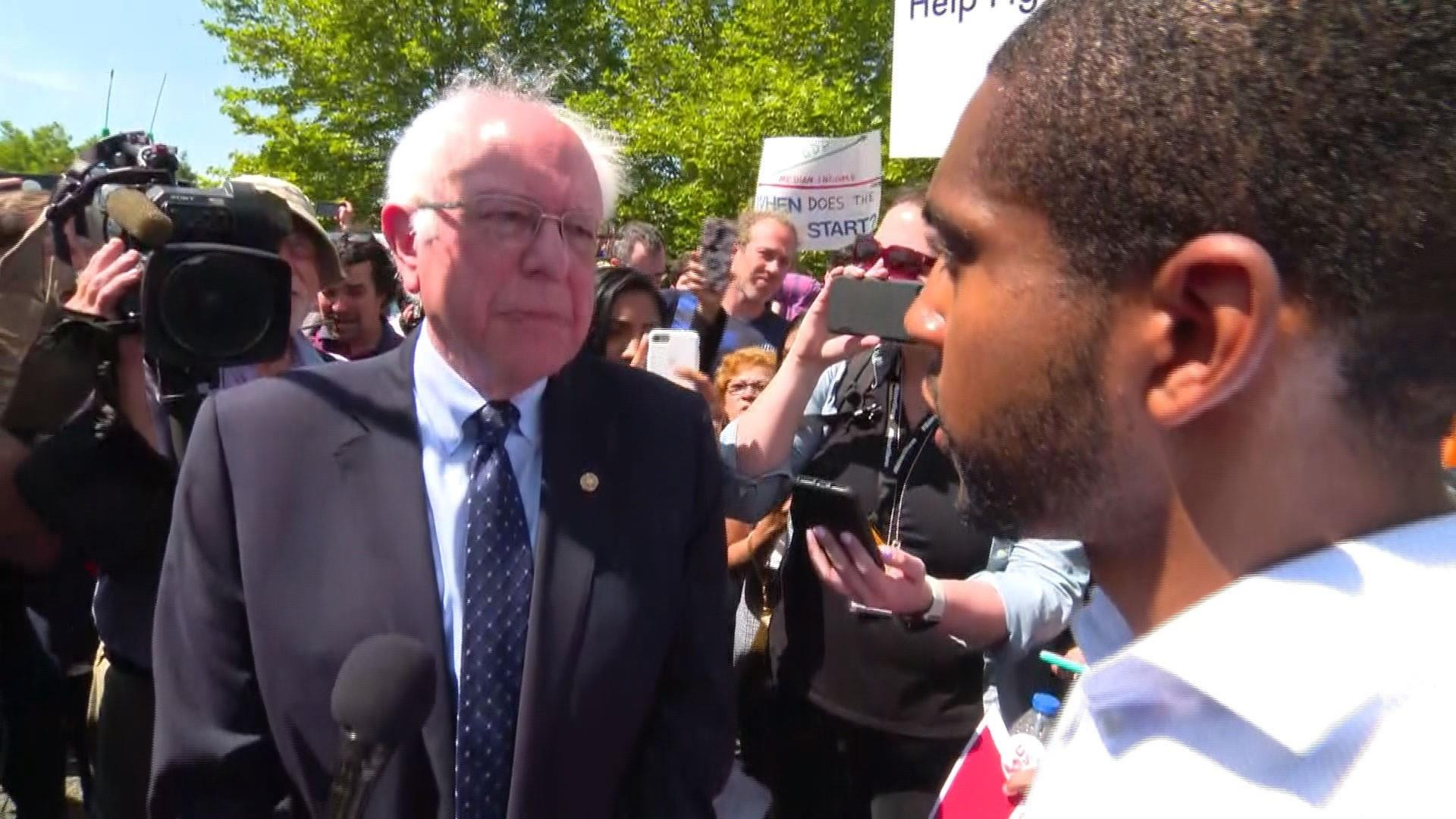 Bernie Sanders calls on Walmart to pay living wage of $15 an hour