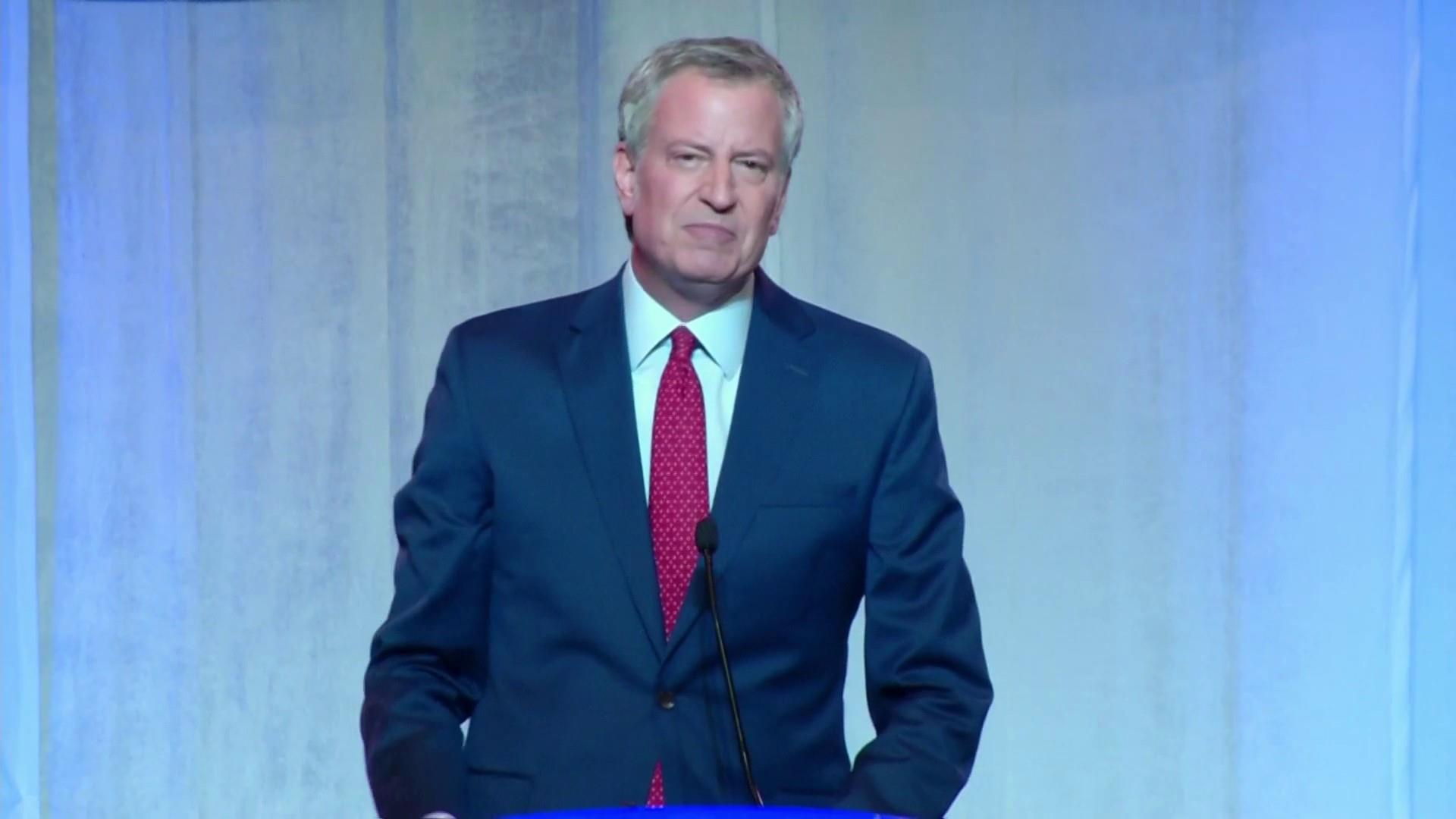 2020 candidate Bill de Blasio: 'Working people deserve paid sick leave'