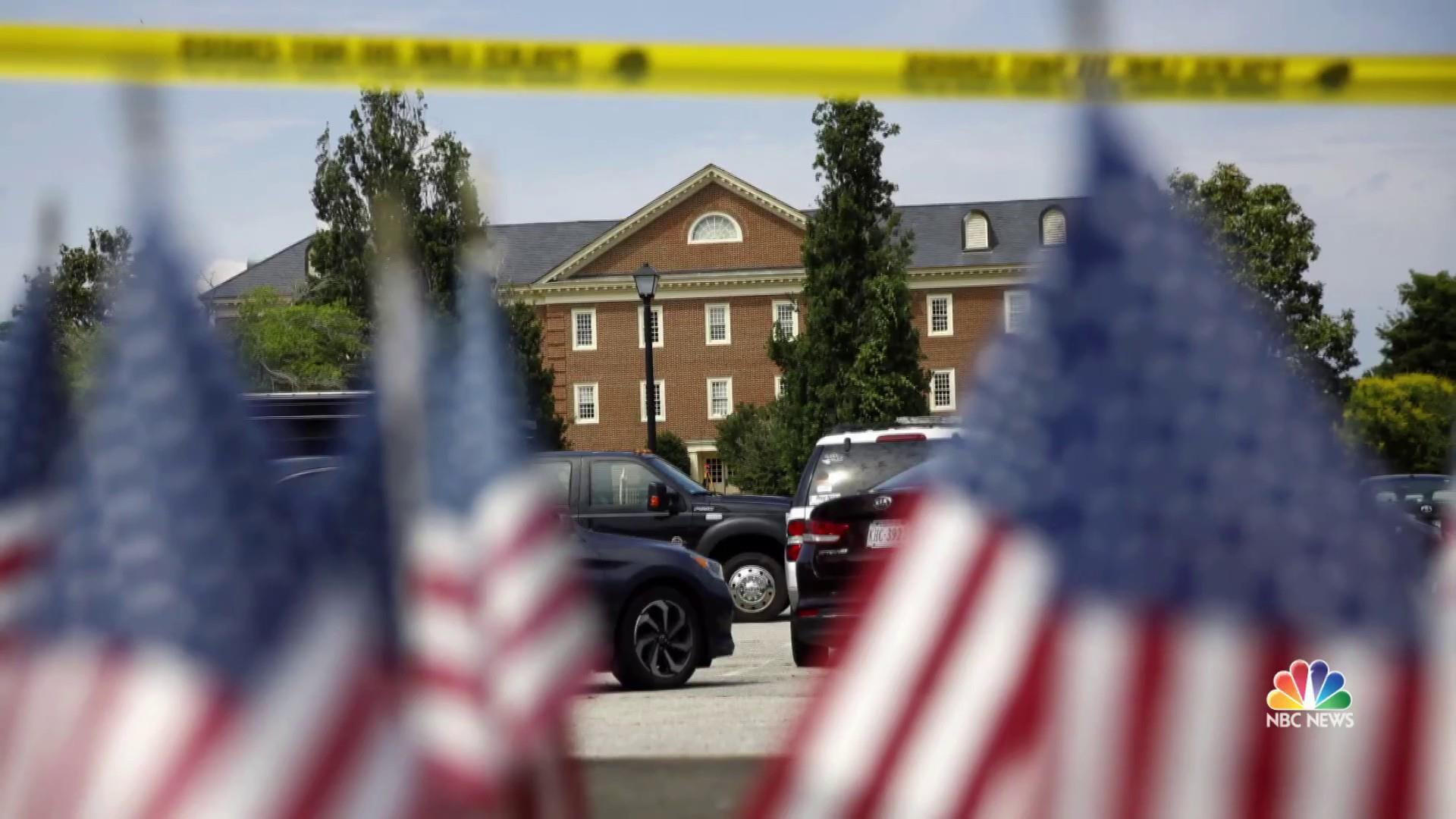 12 killed in Virginia Beach shooting; suspect, city engineer DeWayne Craddock, is dead