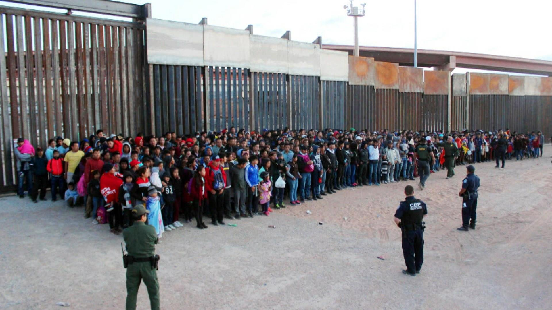 Hundreds of migrant children moved from overcrowded center