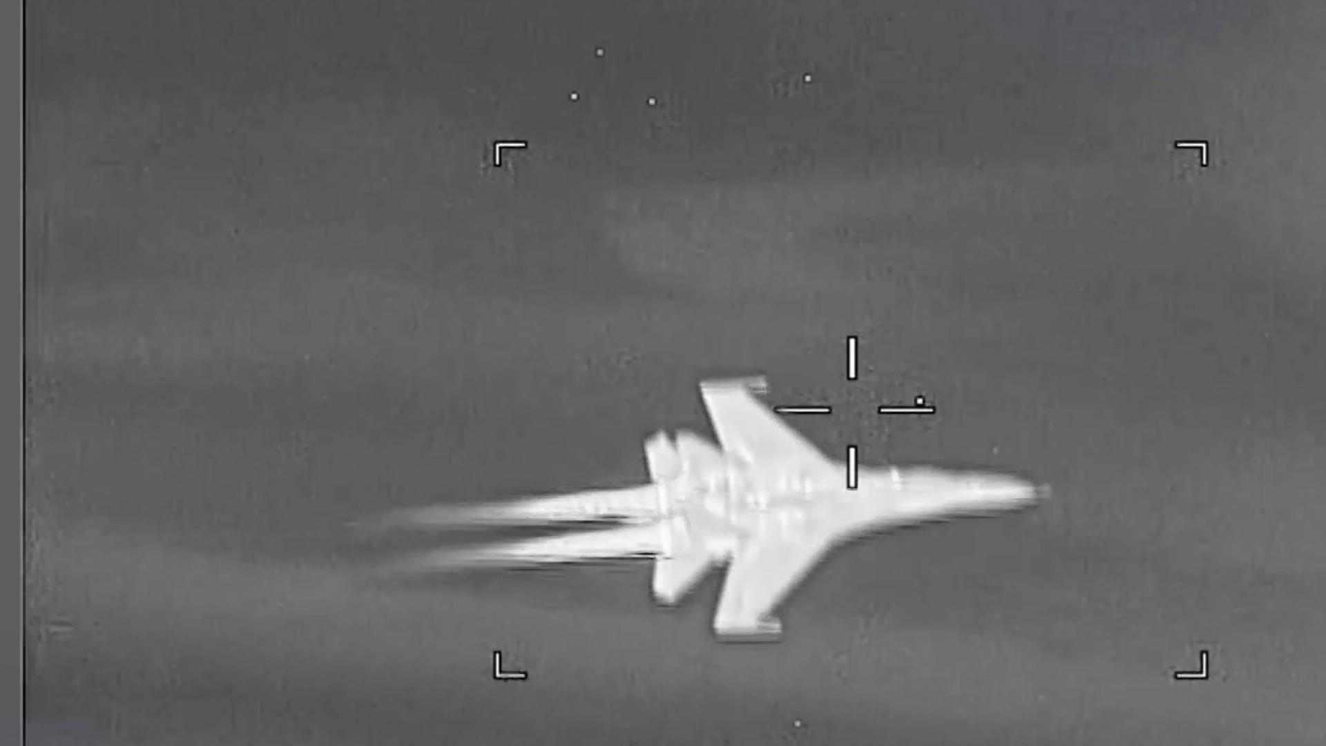 Video shows Venezuelan fighter jet 'aggressively shadowed' U.S. aircraft, Pentagon says