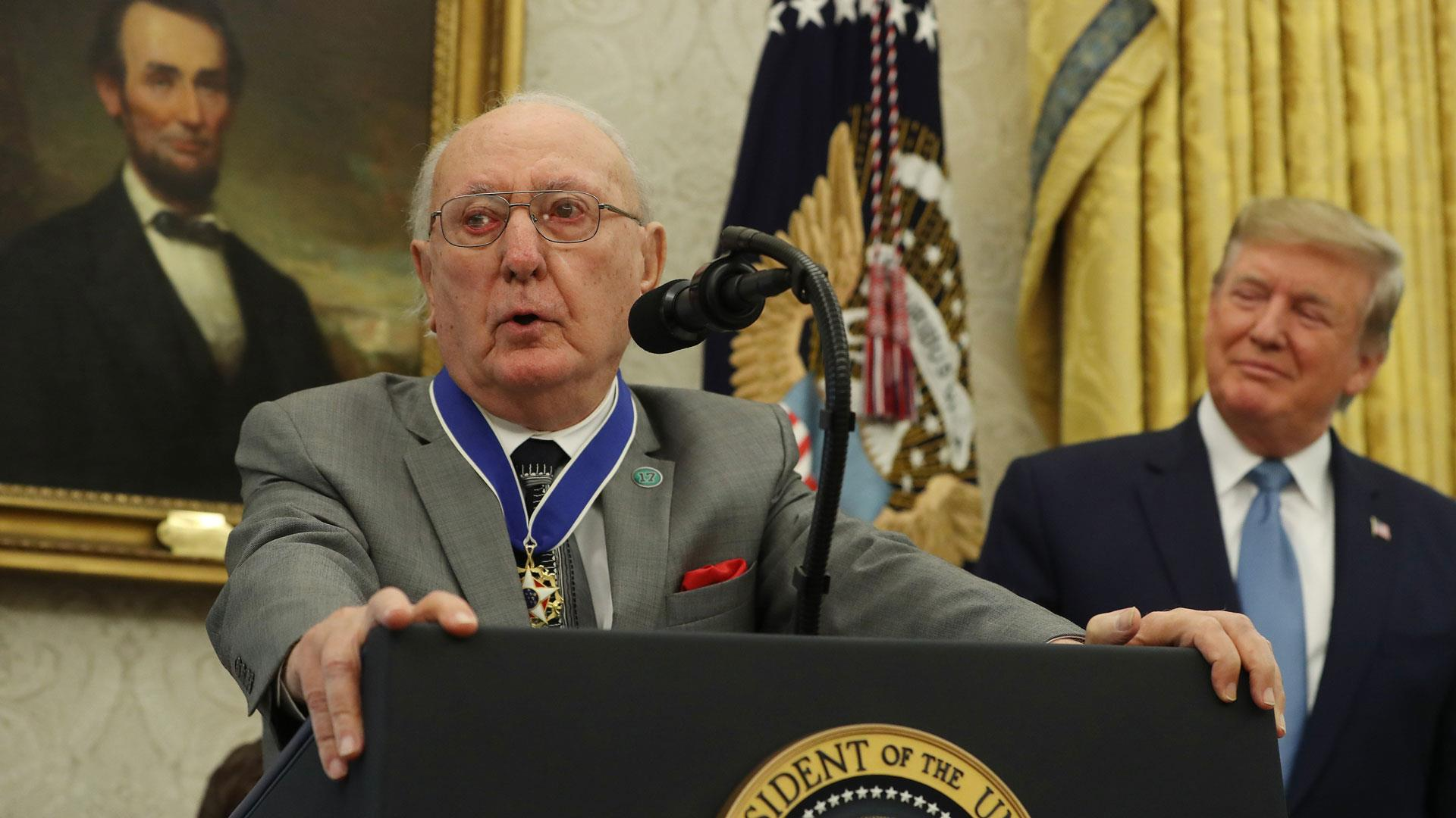 Bob Cousy awarded the Presidential Medal of Freedom at White House
