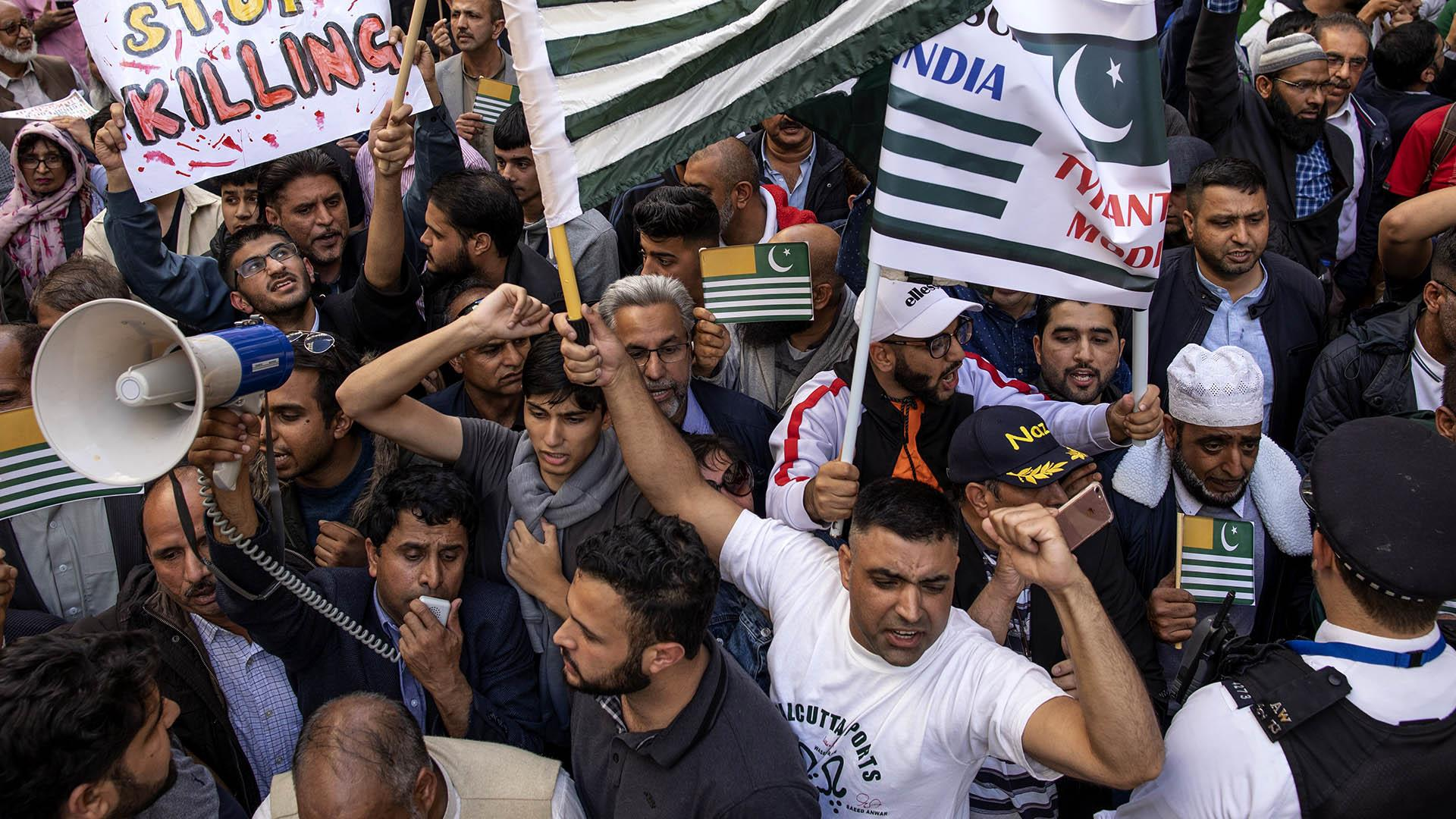 Thousands protest over Kashmir outside the Indian High Commission in London
