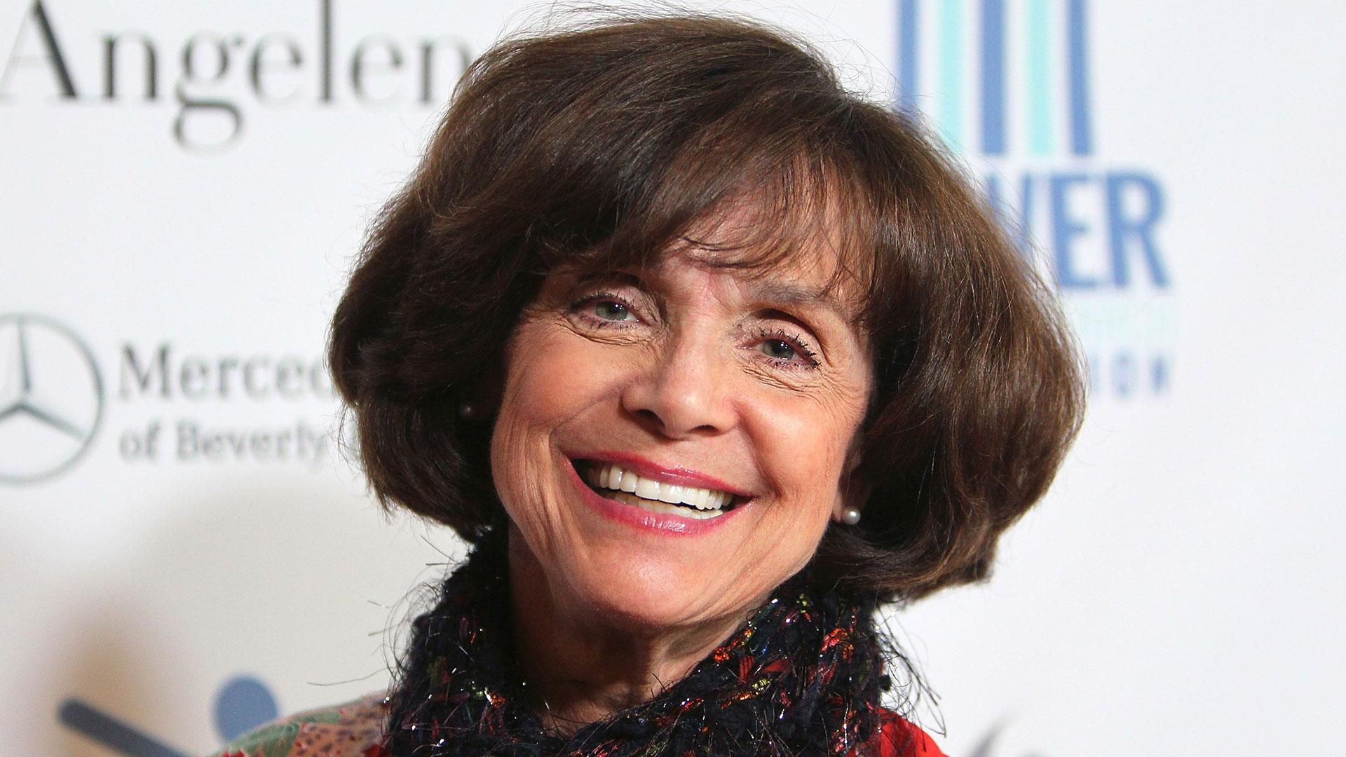 Valerie Harper, beloved 'Mary Tyler Moore' and 'Rhoda' actress, dies from cancer at 80