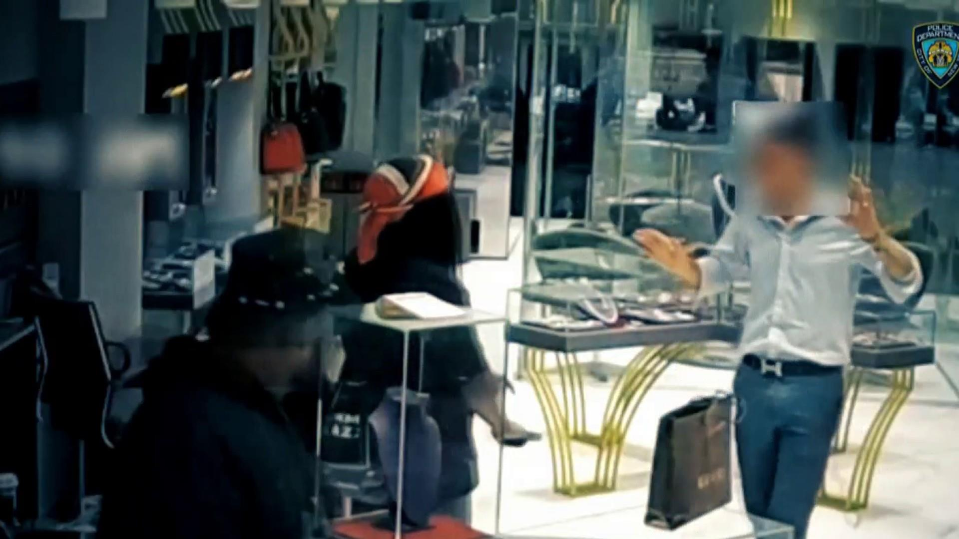 Video shows armed heist of estimated $4M in jewelry from Manhattan store