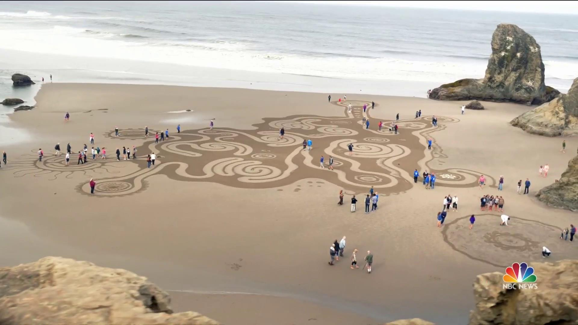 See the intricate labyrinths on Oregon's beaches before the tide washes them away