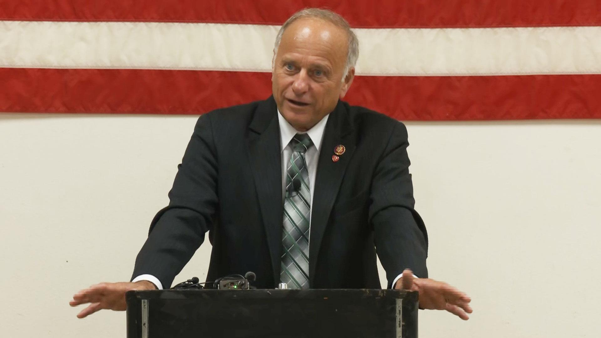 Steve King says he drank out of migrant facility toilet, calls it 'pretty good'