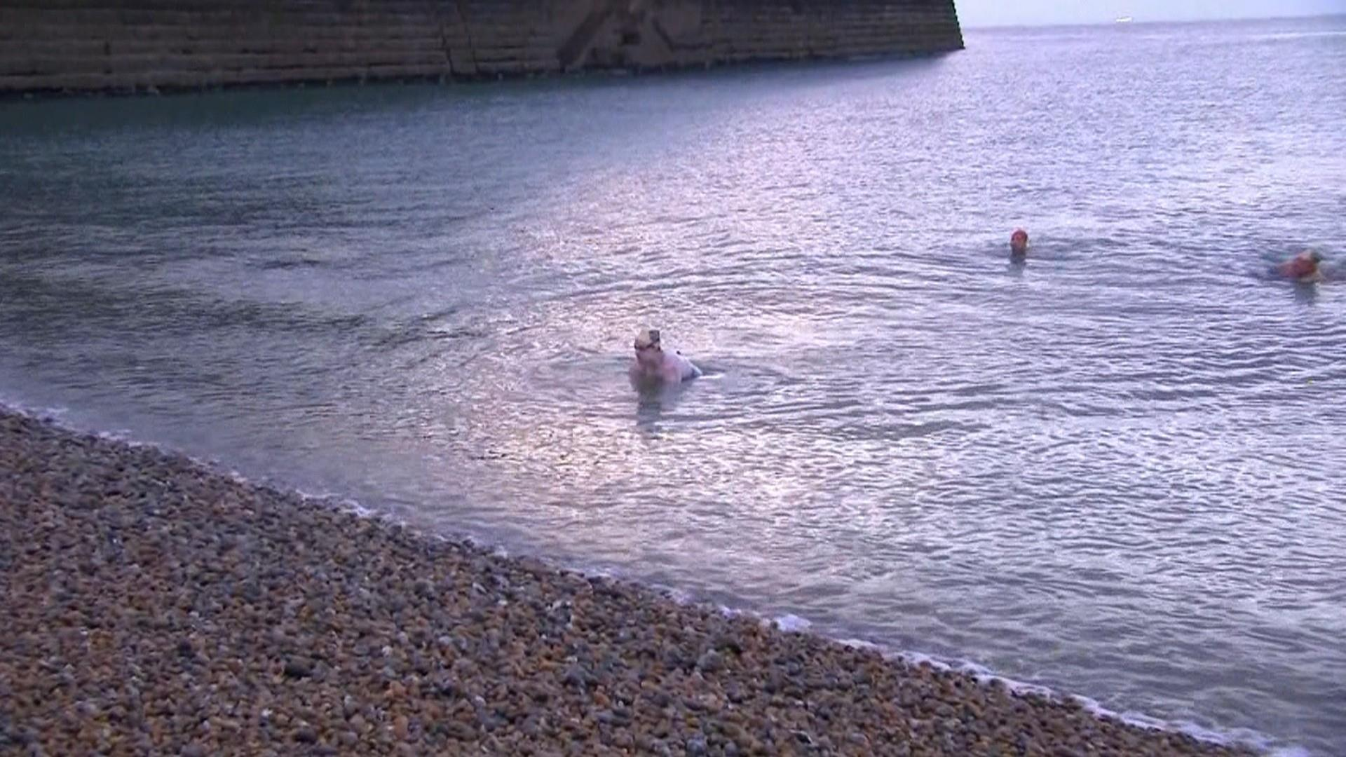 Cancer survivor swims across English Channel 4 times nonstop