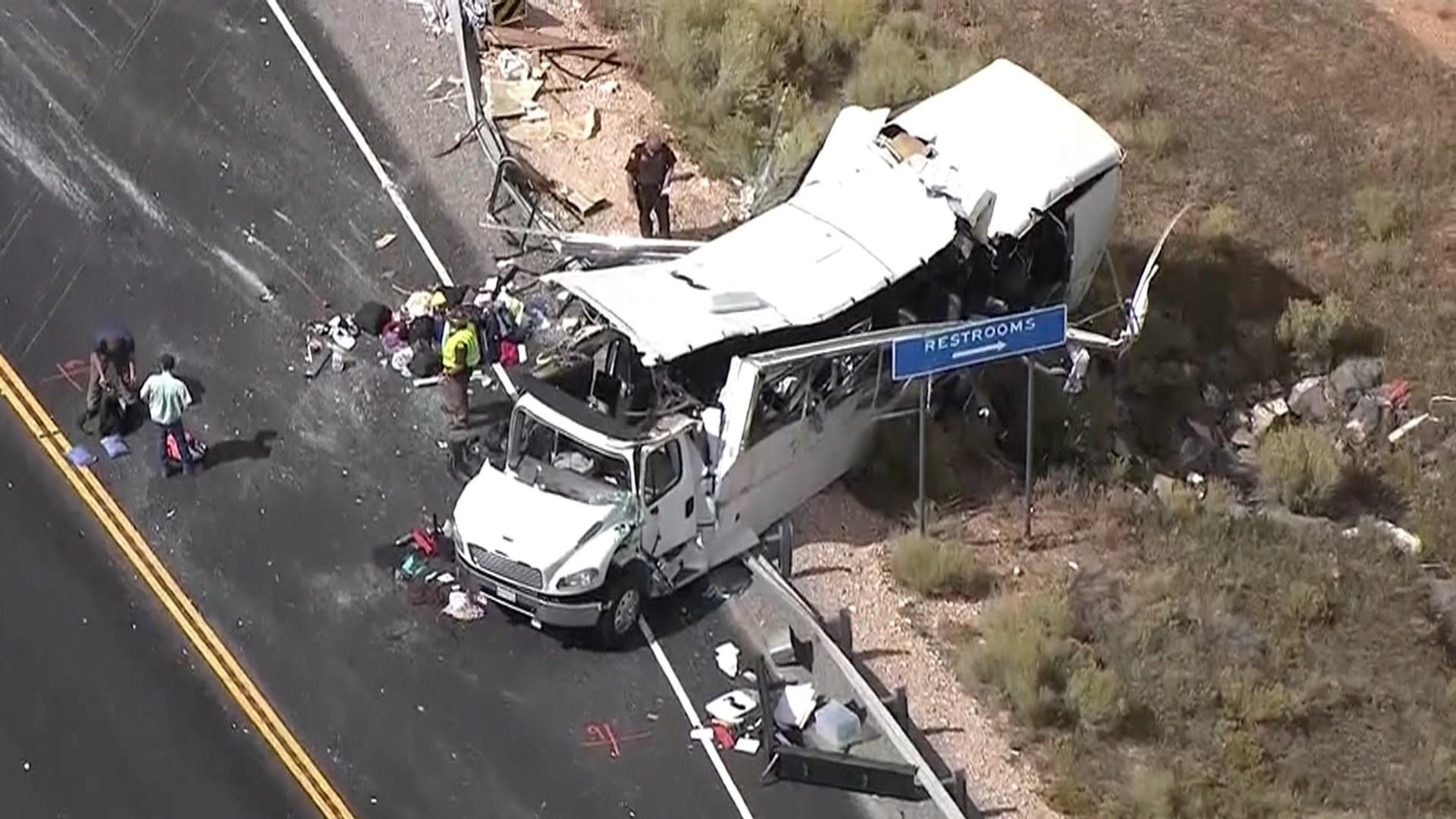Four Dead After Tour Bus Crashes Near Bryce Canyon National Park In Utah Police Say