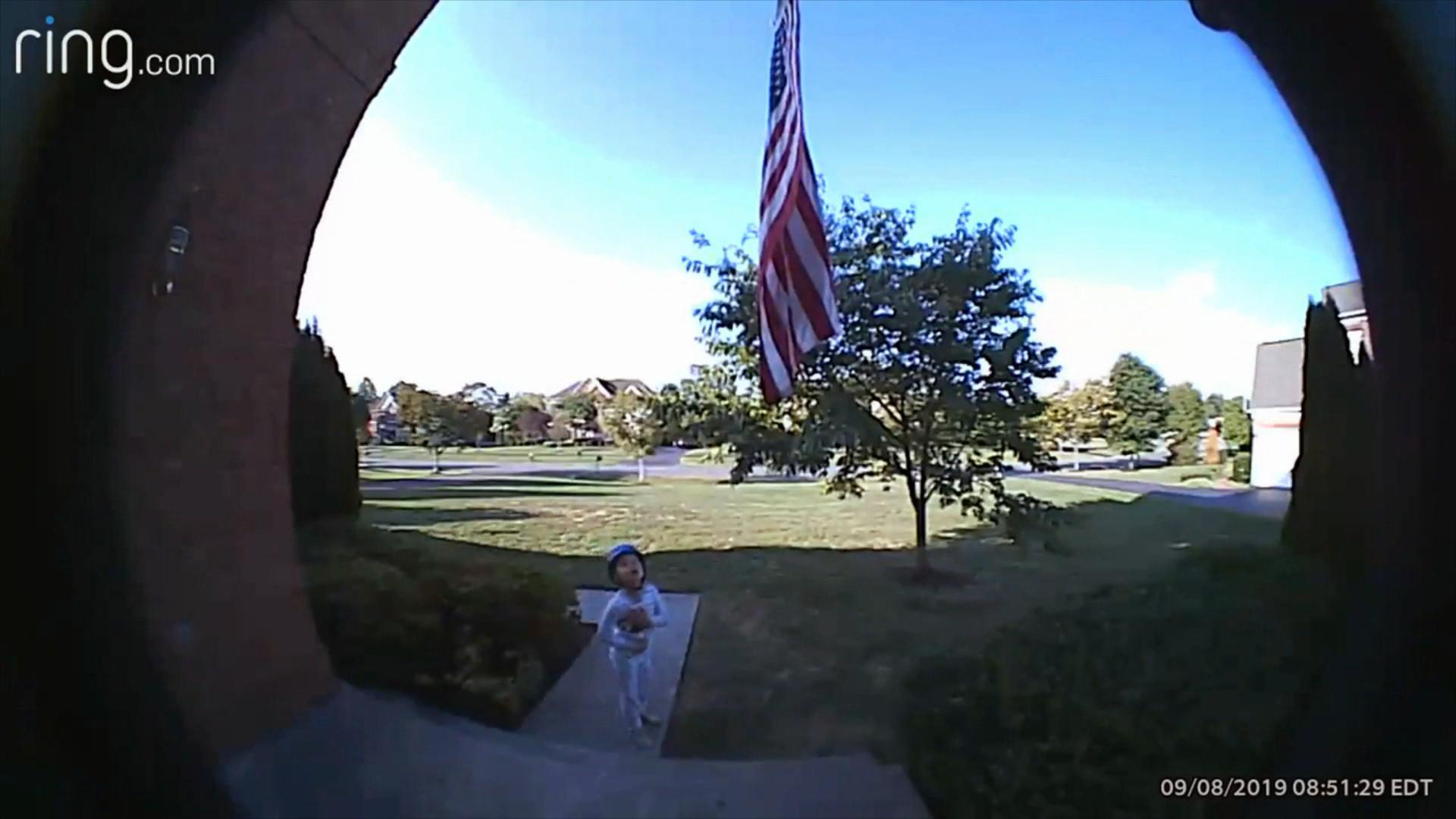 5-year-old captured on family's doorbell camera reciting the Pledge of Allegiance