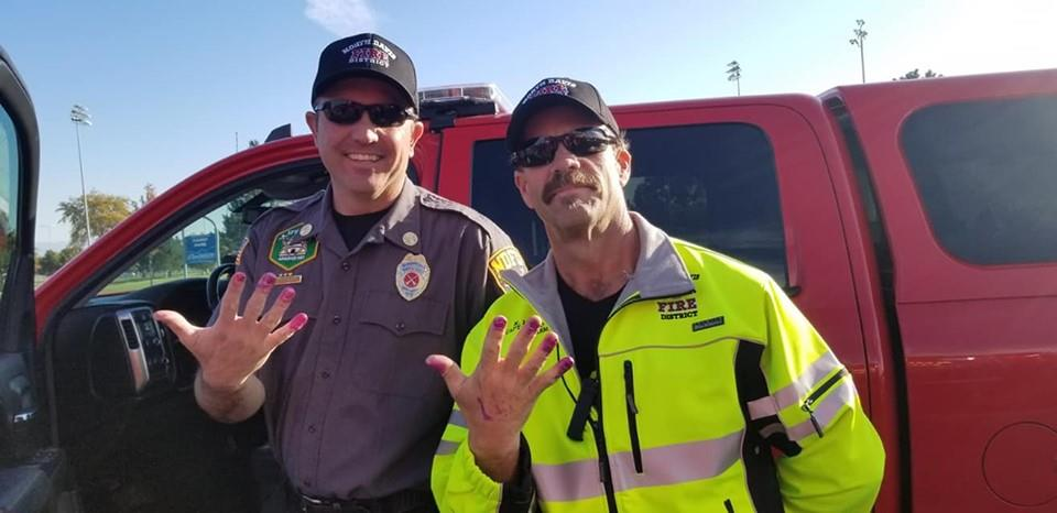 #GoodNewsRUHLES: Firefighters ask scared little girl to paint their nails