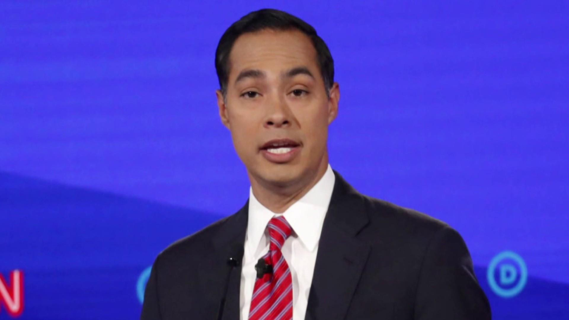 Will Julián Castro's call for help keep him in the game ahead of Iowa?