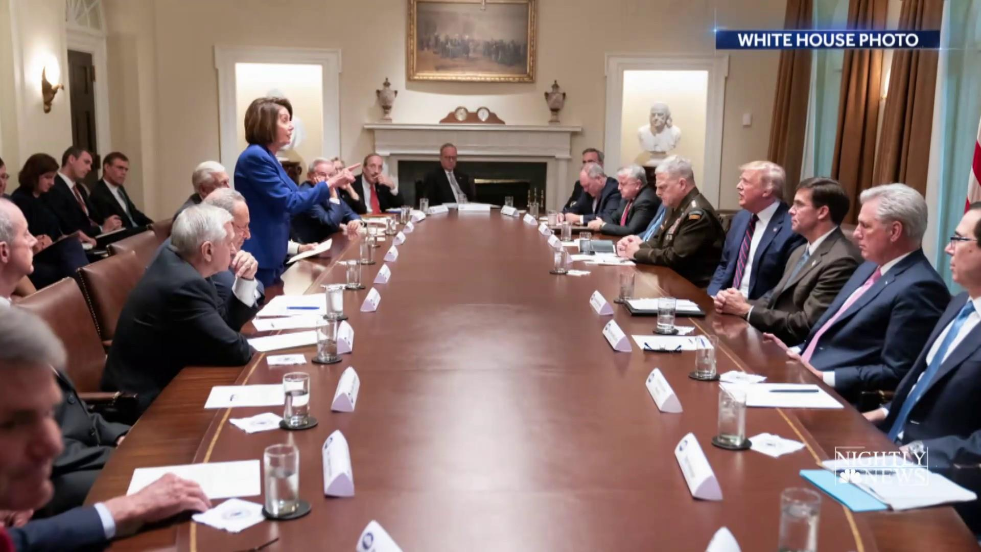 Photo of Pelosi meeting with Trump becomes new powerful symbol of their power struggle