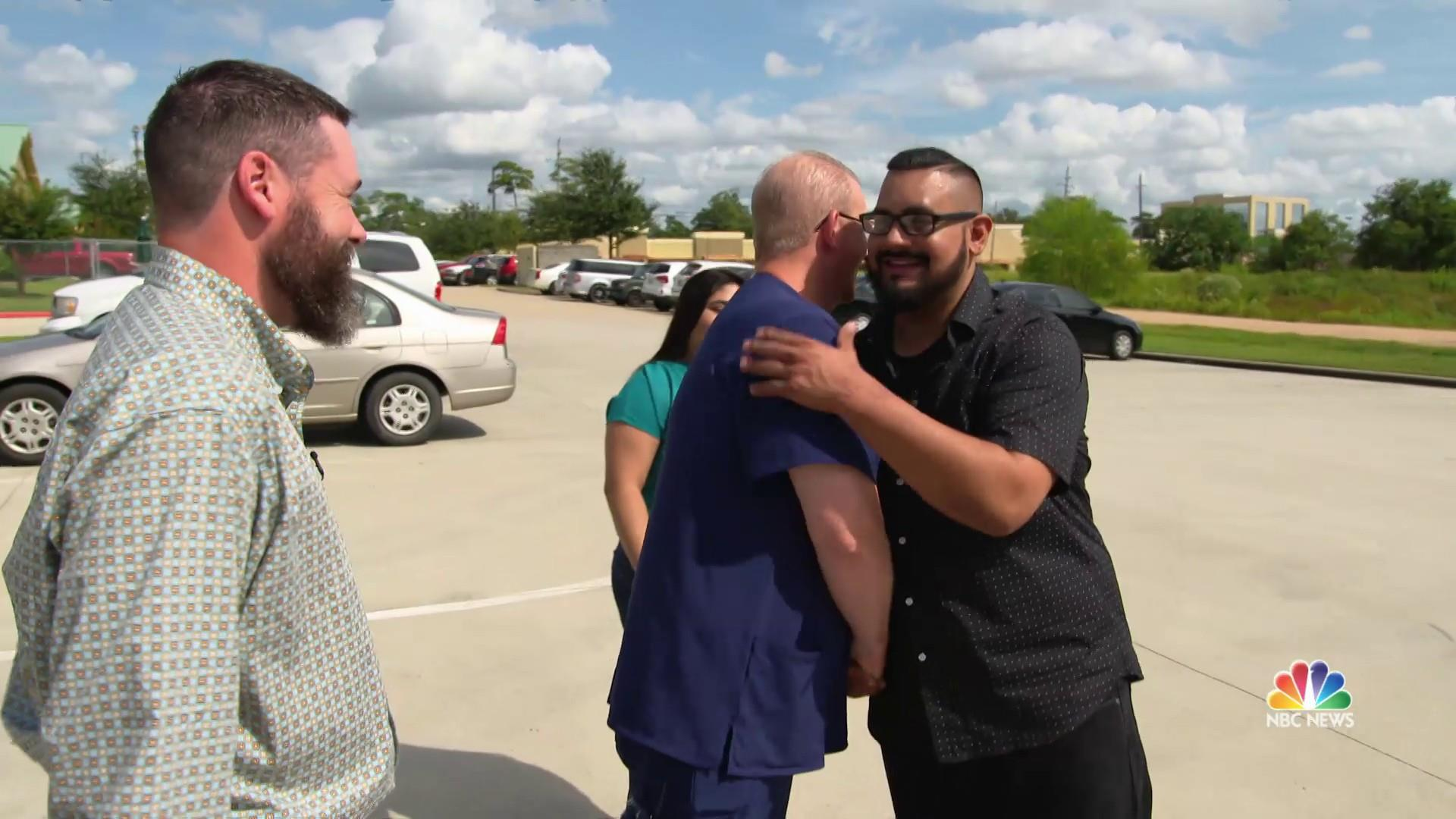 Lightning strike survivor meets the good Samaritans who saved his life