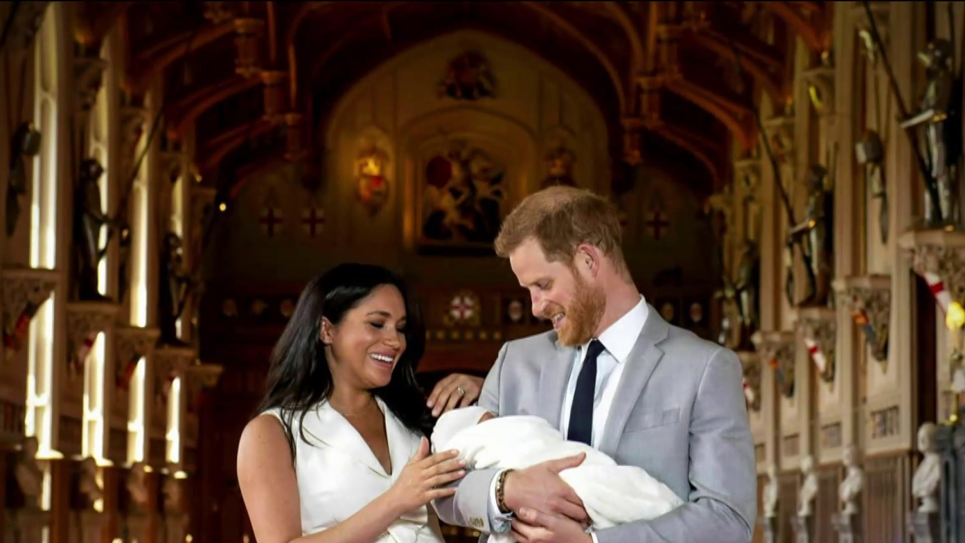 Meghan Markle and Prince Harry announce break from royal duties after media scrutiny