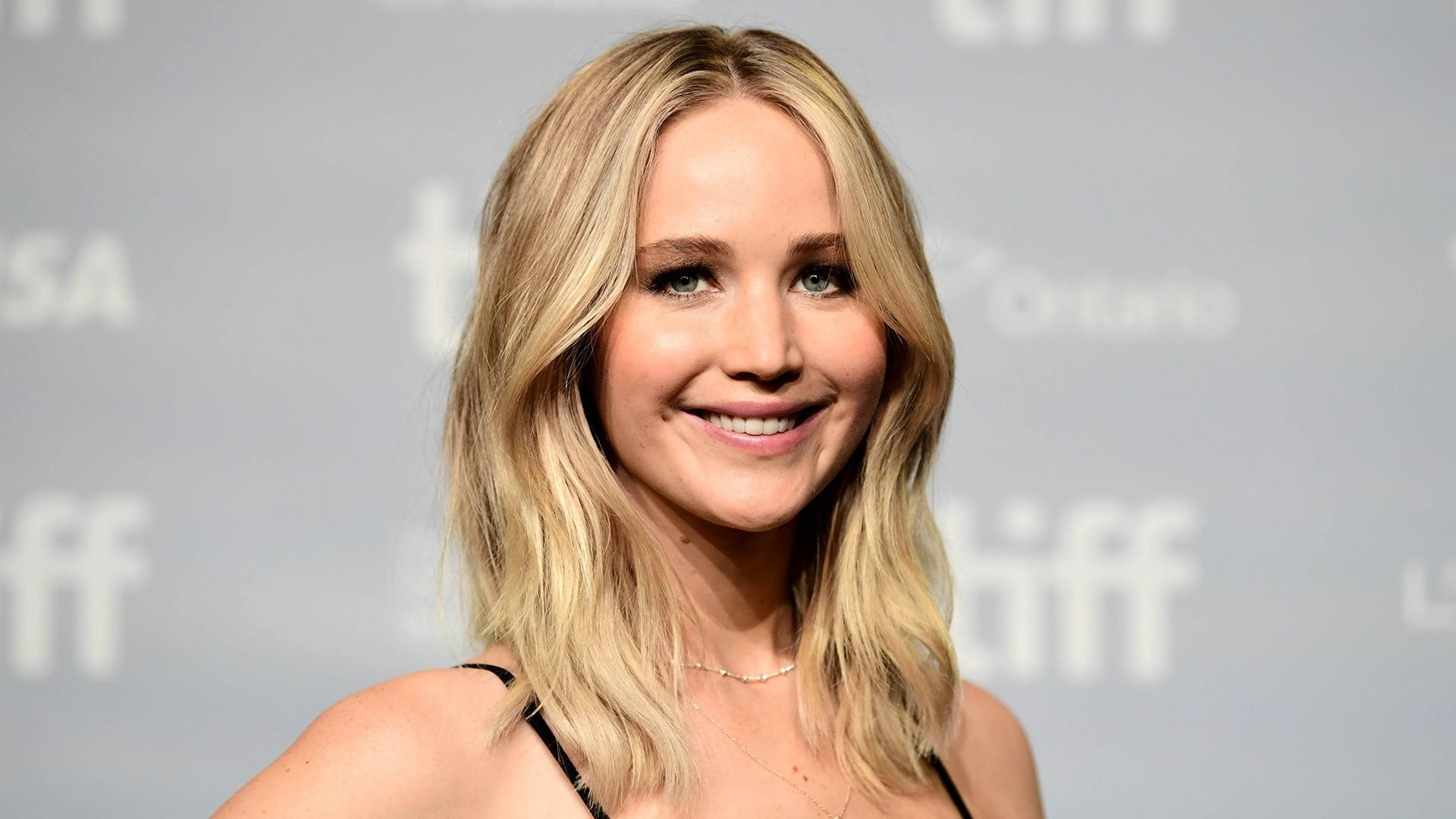 Jennifer Lawrence to marry Cooke Maroney in weekend ceremony
