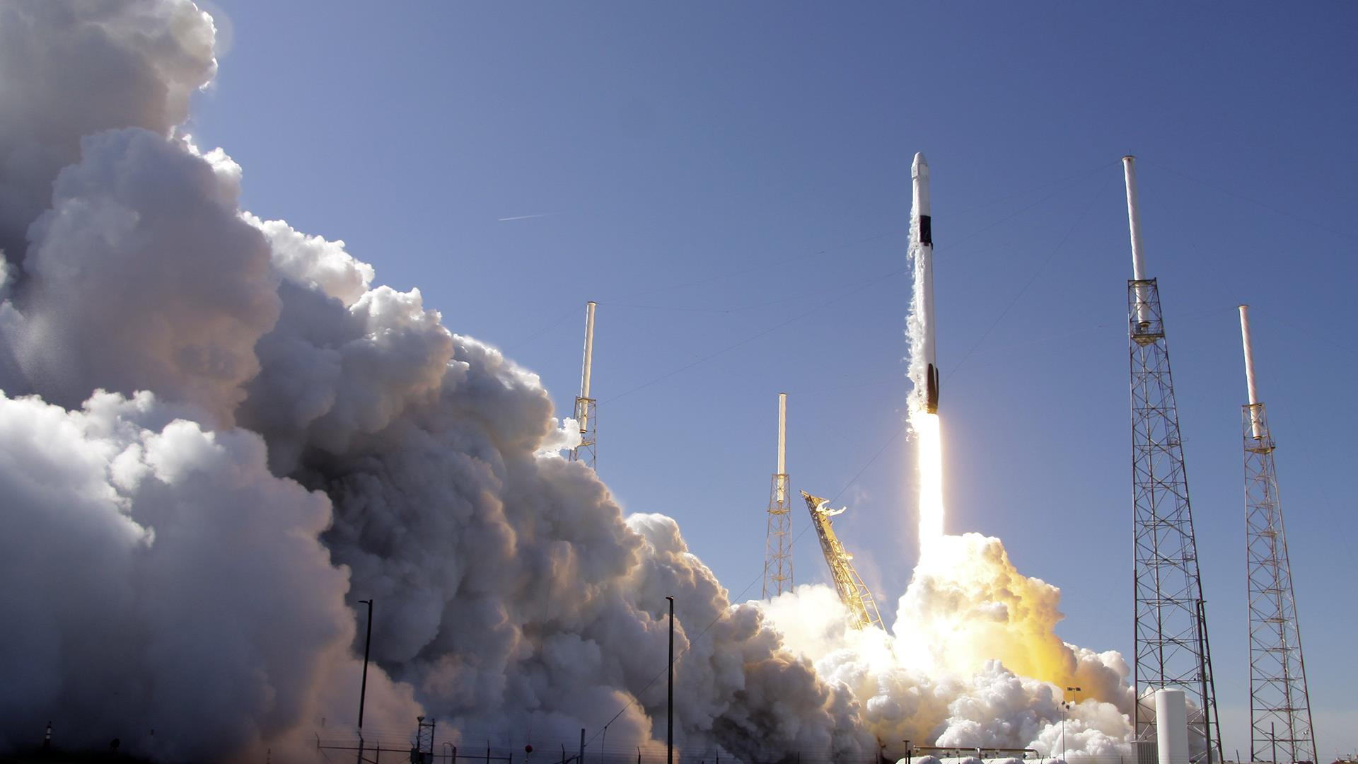 Watch Falcon 9 rocket launch cargo mission to International Space Station