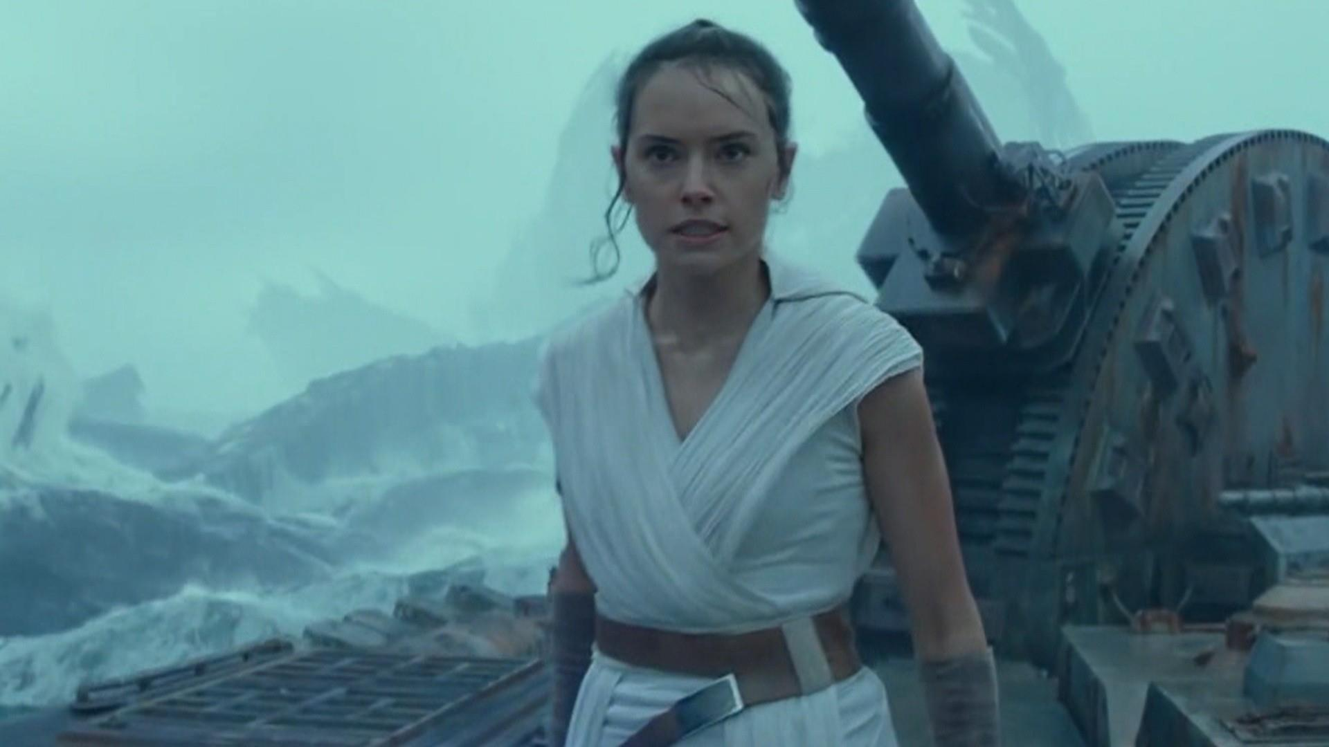 Star Wars The Rise Of Skywalker Draws Mixed Reaction Amid 40m Opening