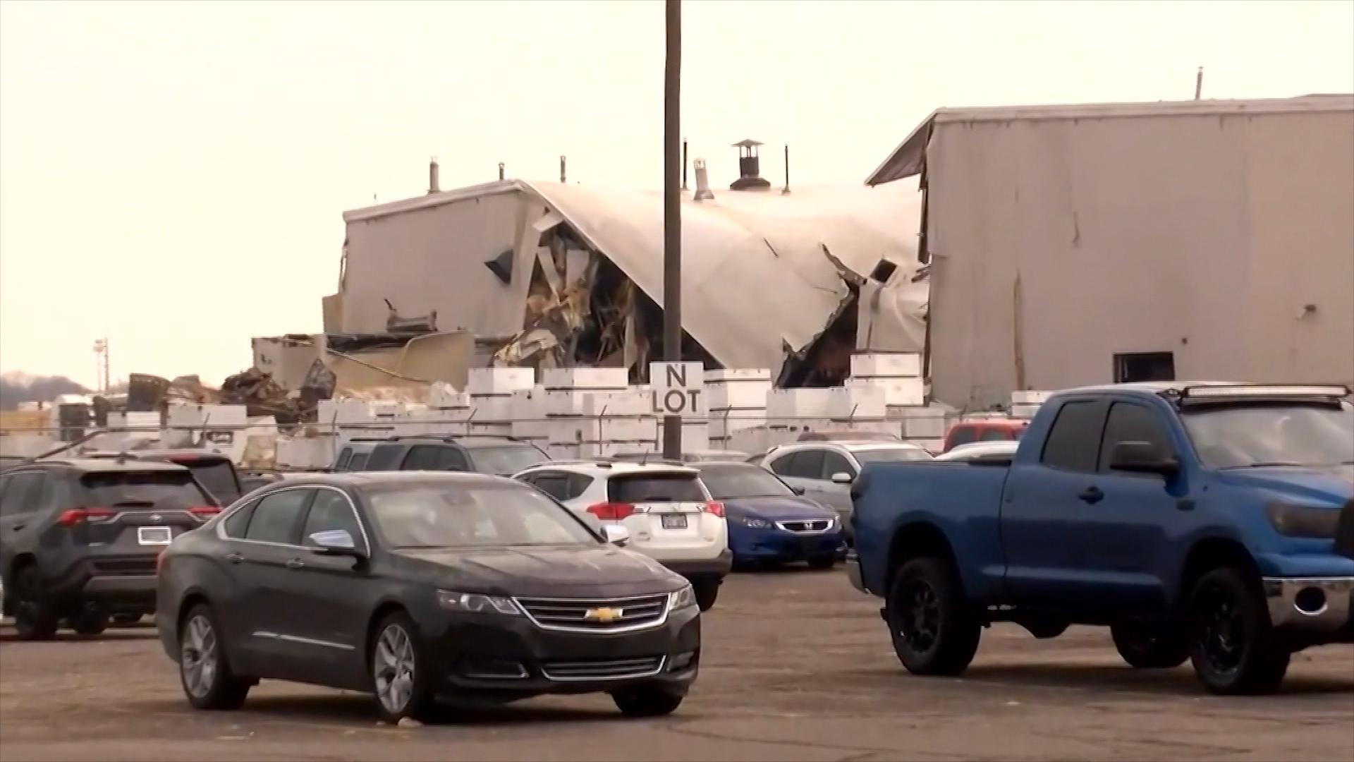 Beechcraft manufacturing plant explodes in Wichita, Kansas, injuring 15