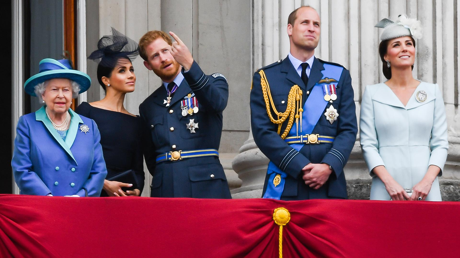 Queen, other senior royals want 'workable solution' for future of Harry and Meghan, report says