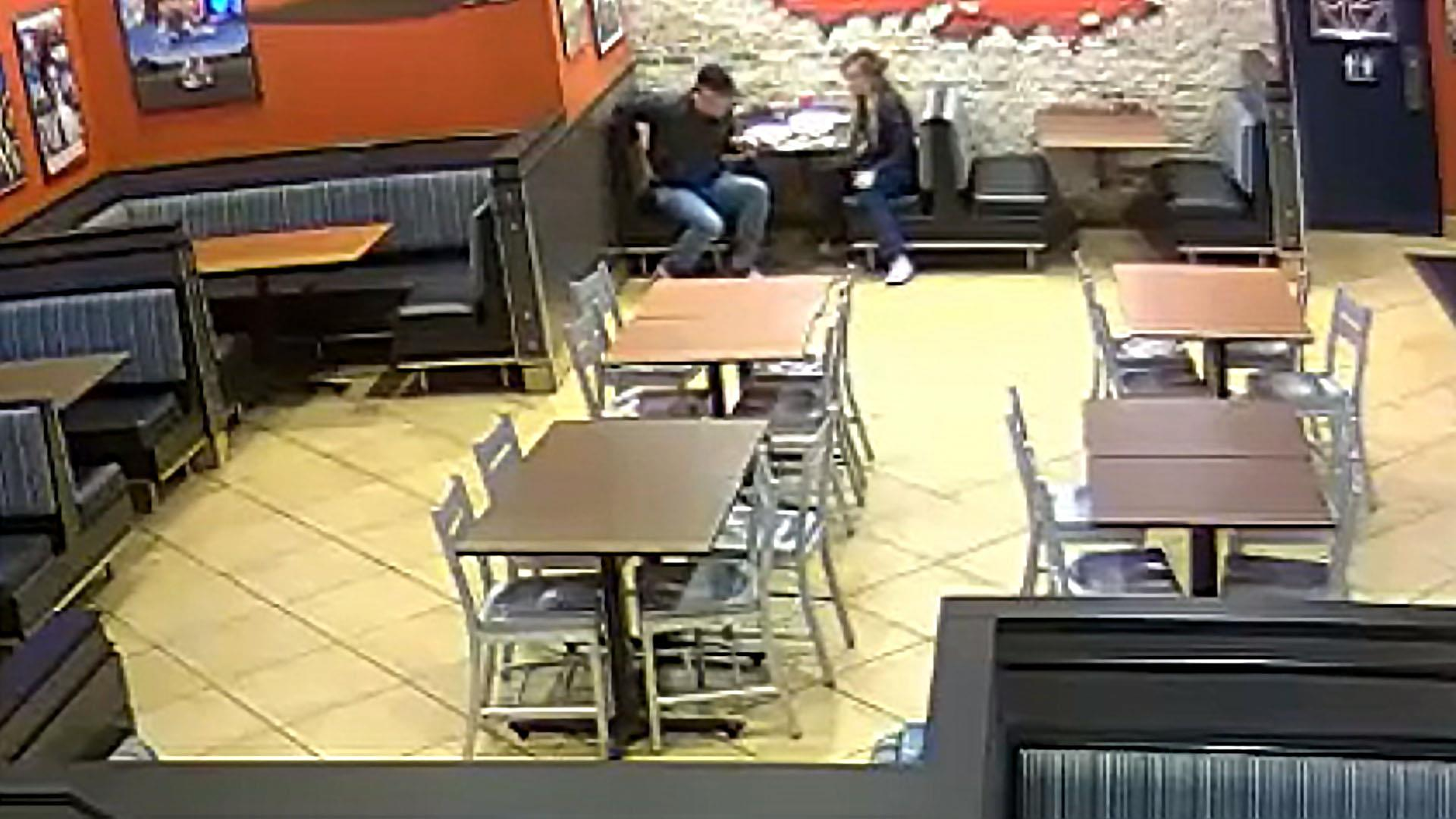 Married off-duty cops stop armed robbery during date night