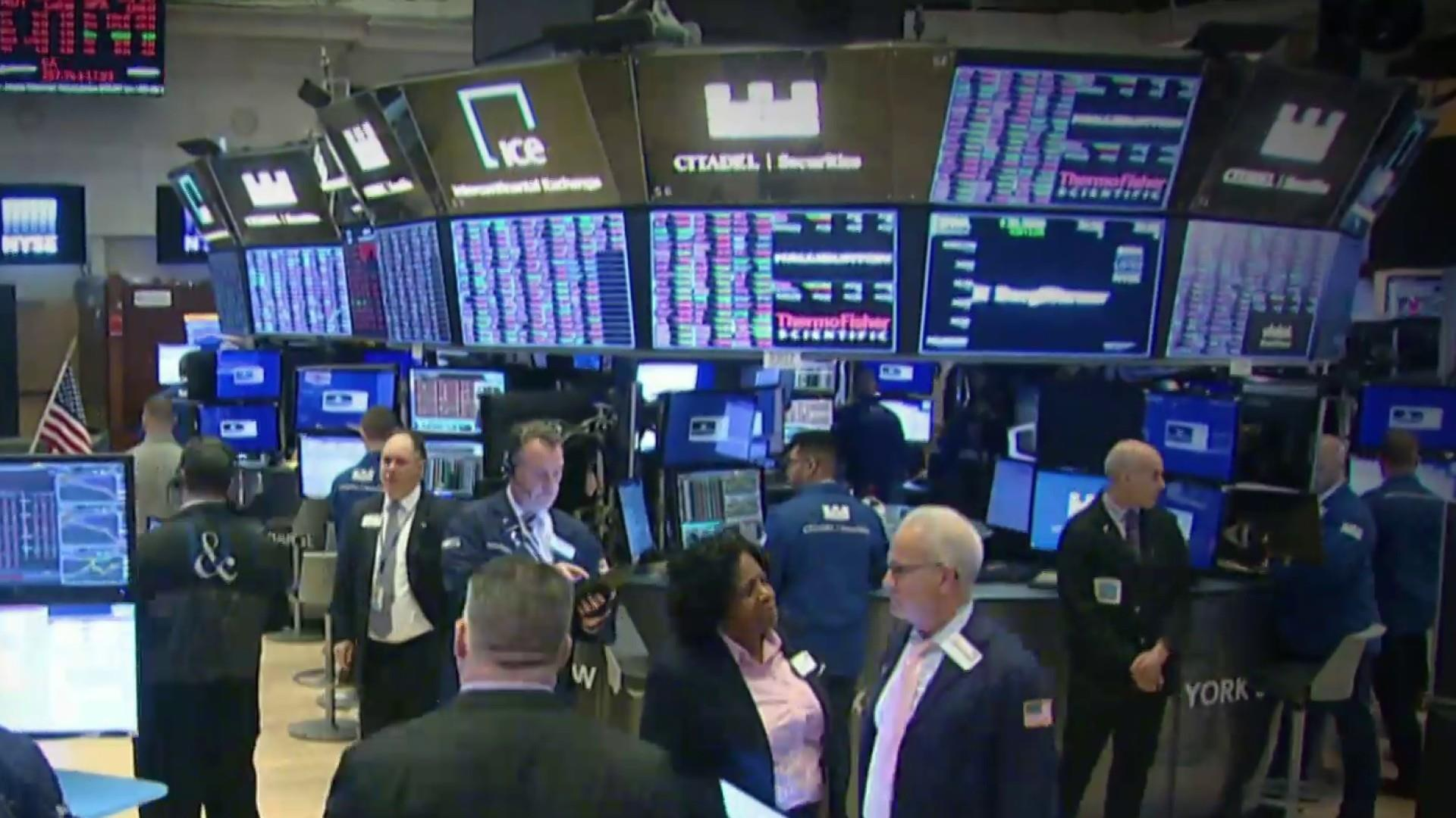 Dow plunges nearly 1,200 points as coronavirus fears send markets diving