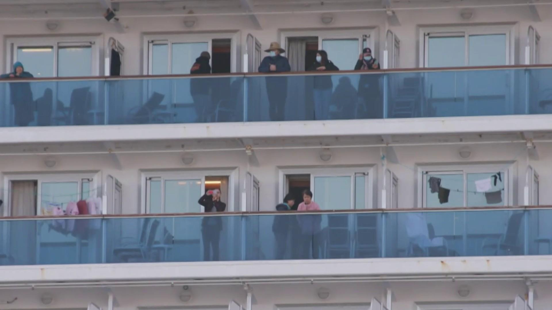 2 passengers die after leaving 'chaotic' quarantined cruise ship
