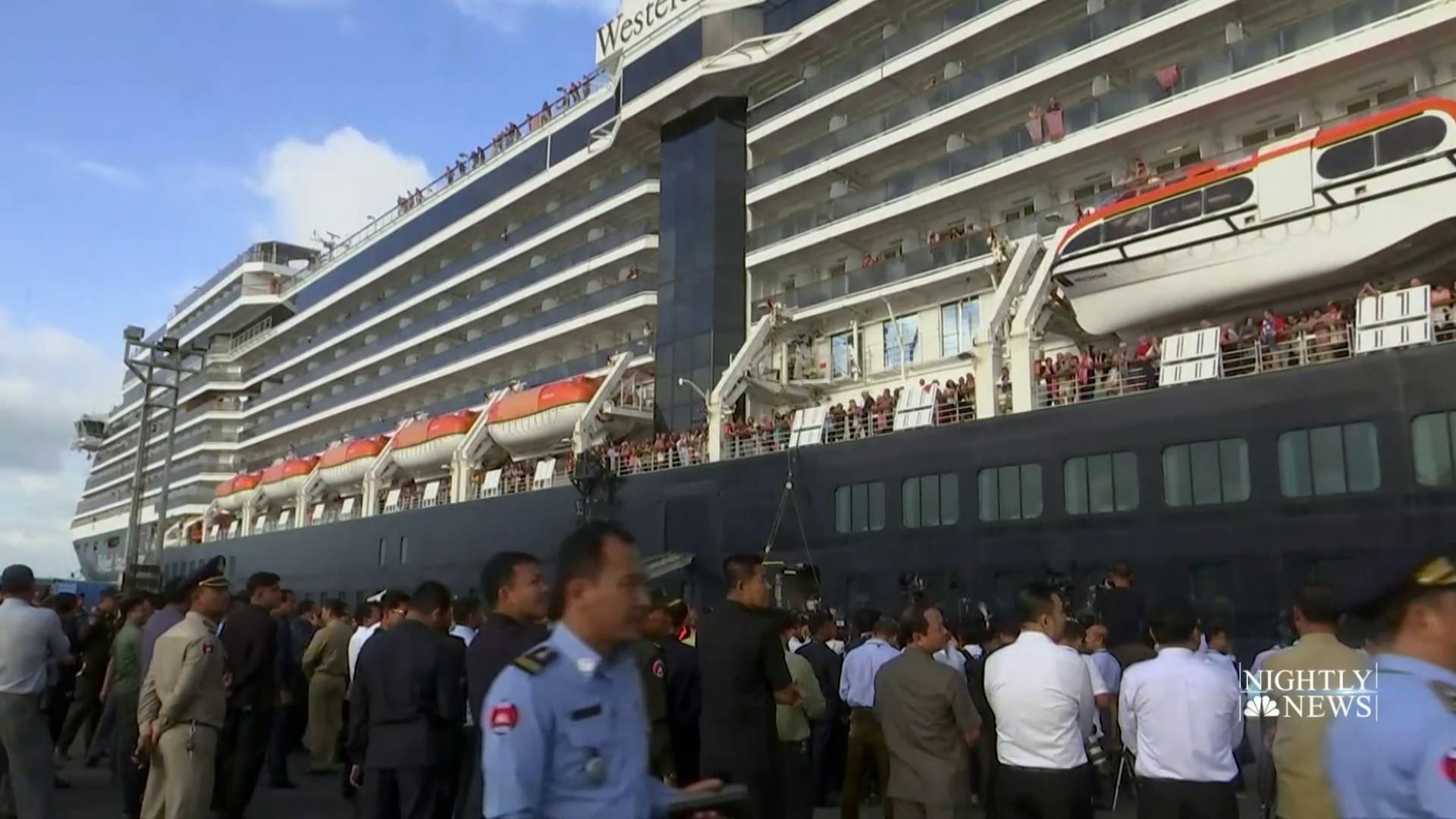 Passengers quarantined because of coronavirus begin leaving Diamond Princess ship in Japan