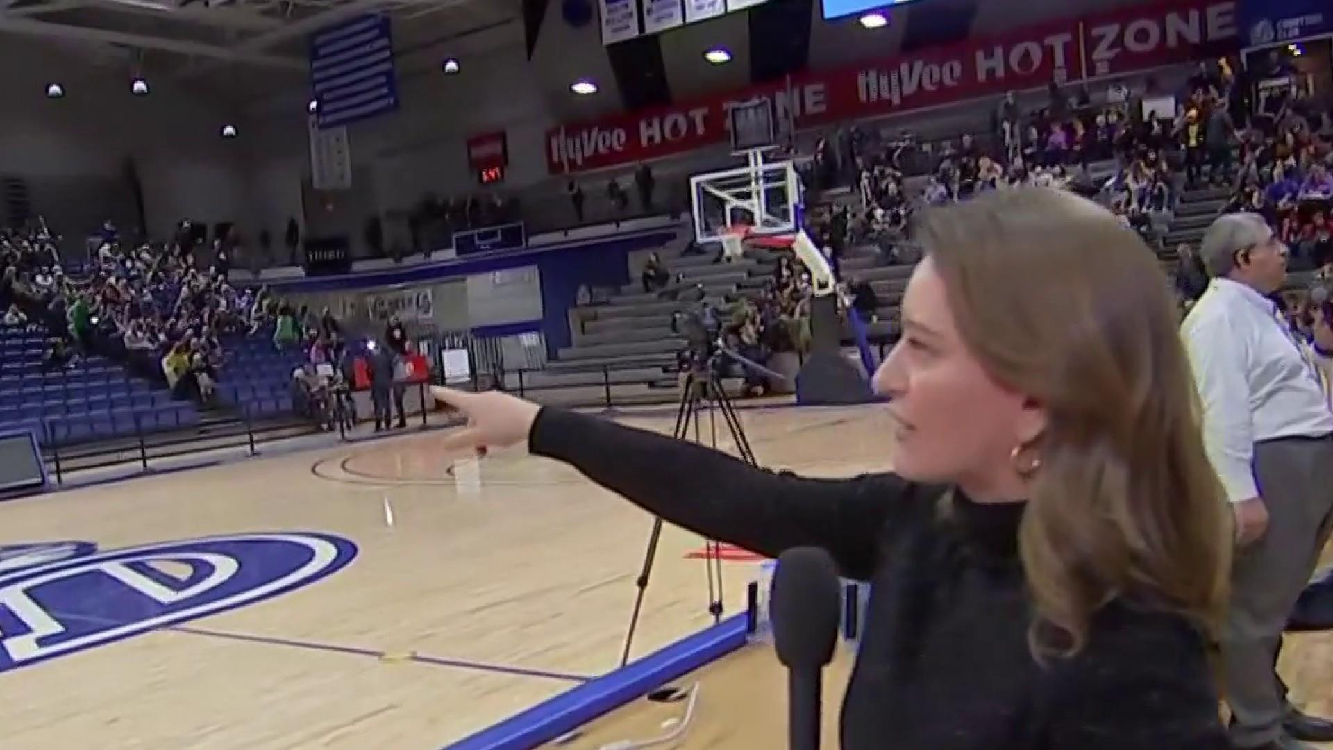 Inside A Caucus Warren Supporter Tells Katy Tur I Believe She S Electable