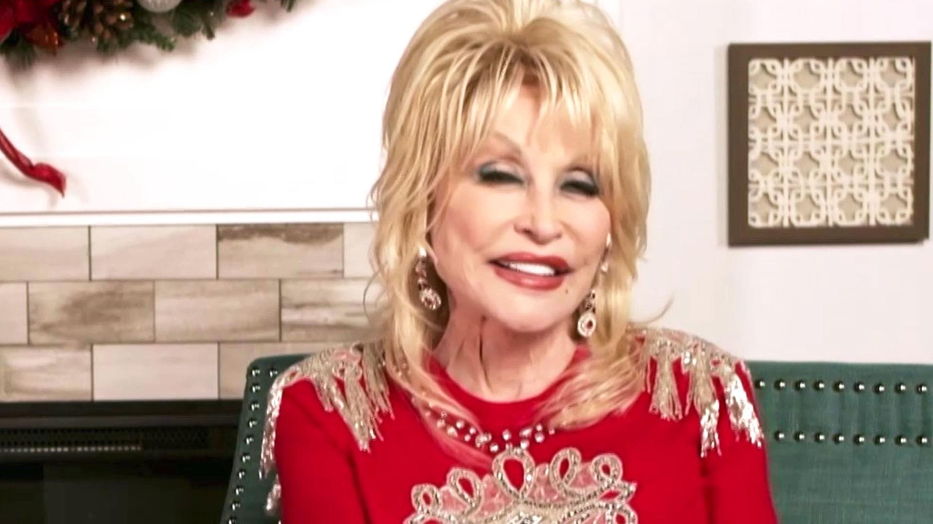 See Dolly Parton S Real Hair In A Photo From Her New Book