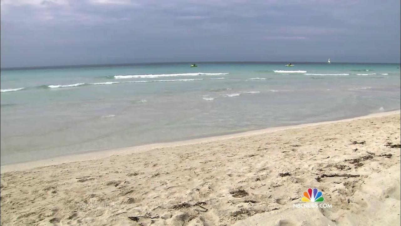 Tourists Flock To Cubas Famed Varadero Beach