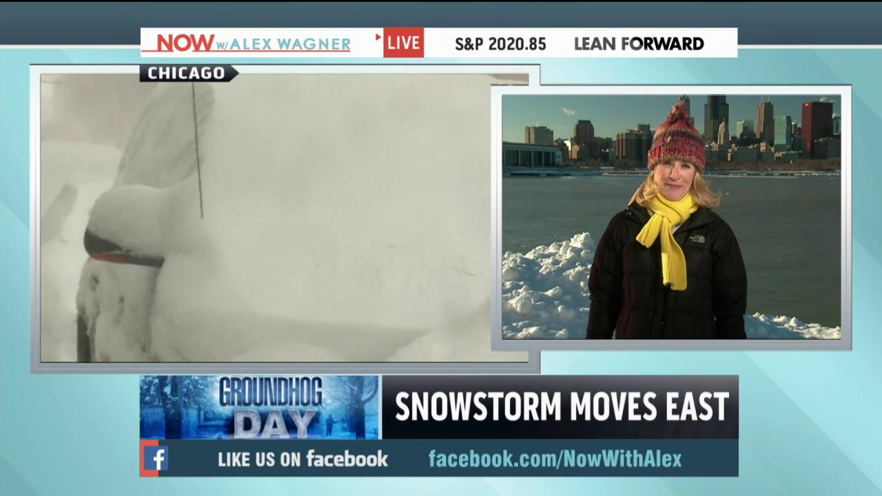 Heavy snow, freezing rain hit swathes of US