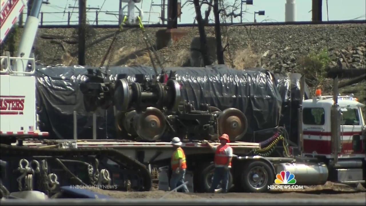 Engineer in Amtrak Derailment Didn't Tell Dispatchers Train Had Been Struck: NTSB
