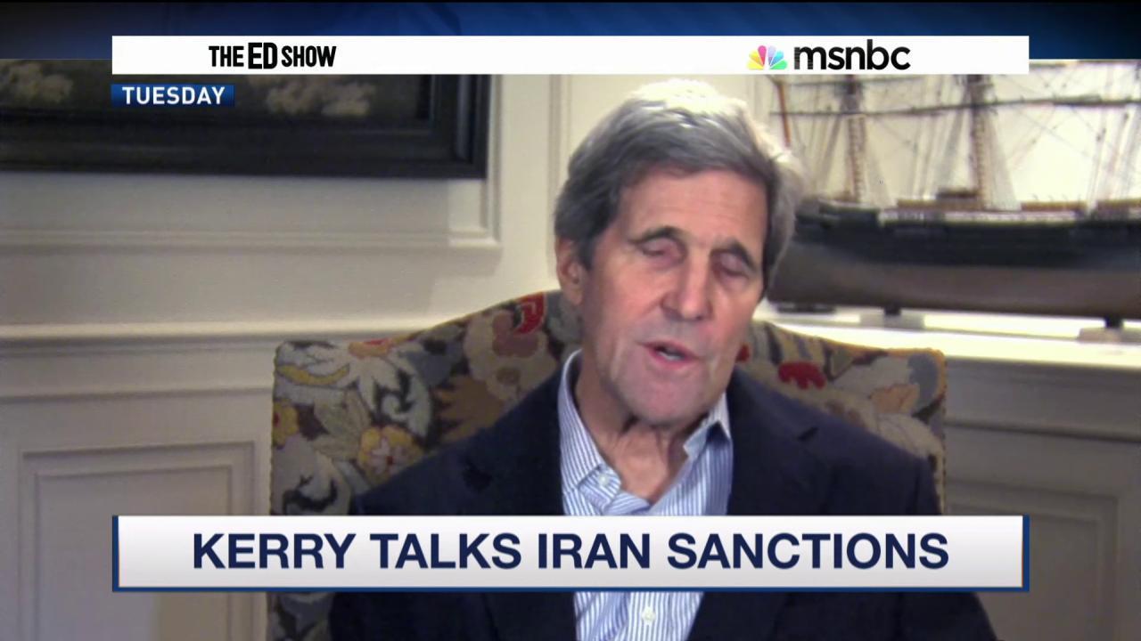 Kerry discusses lifting Iran sanctions