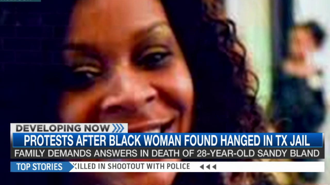 Protests begin over Sandra Bland's death