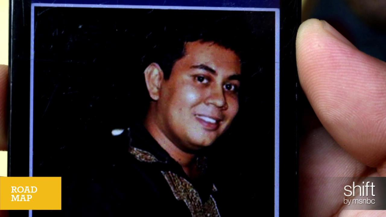 Secular blogger hacked to death in Bangladesh