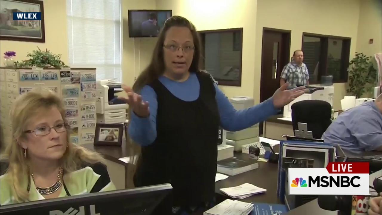 Kentucky county clerk defies SCOTUS