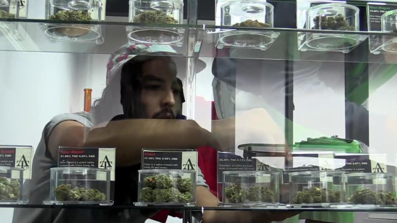 Sale of marijuana now legal in Oregon