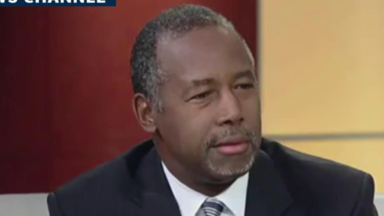 Carson: Shooting victims should 'fight back'