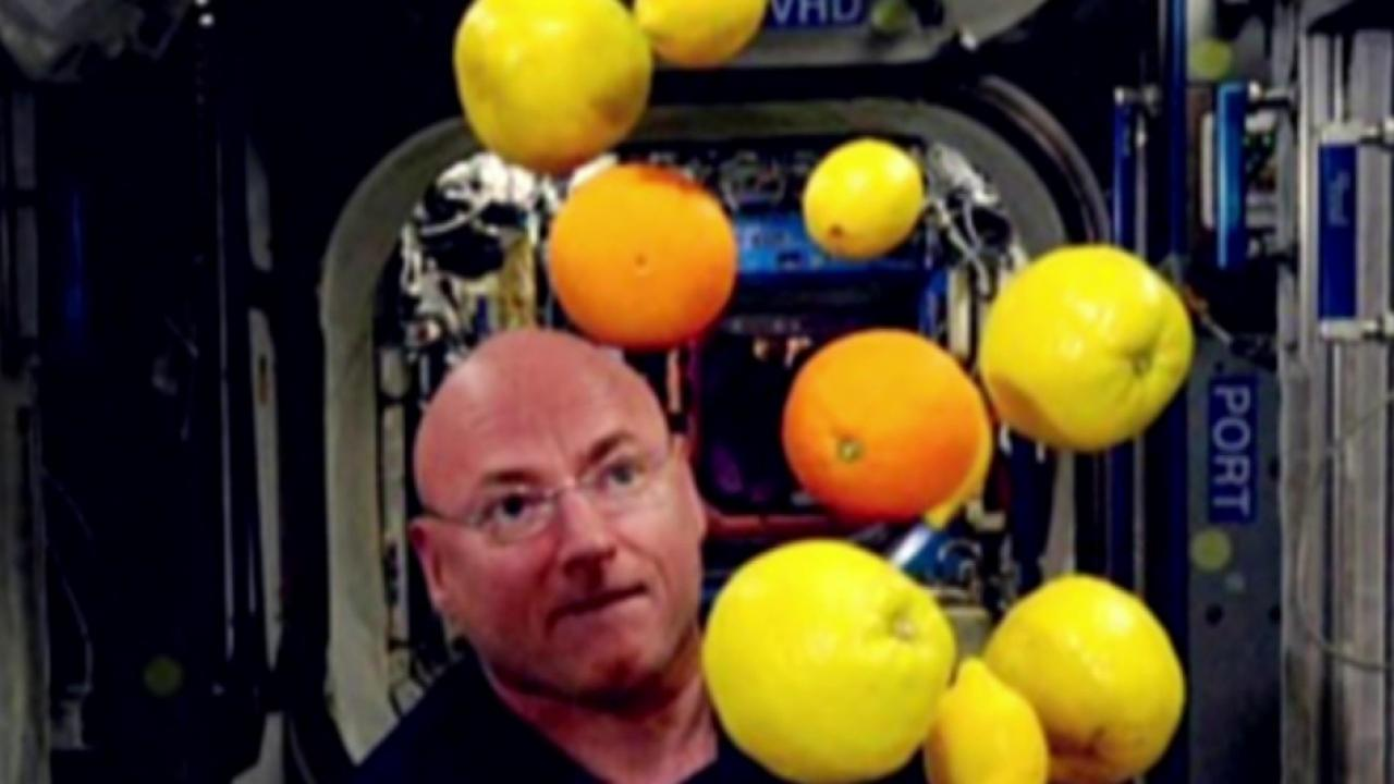 Scott Kelly breaks U.S. space record