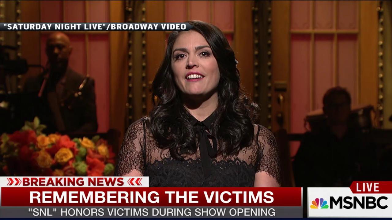 Saturday Night Live pays tribute to Paris