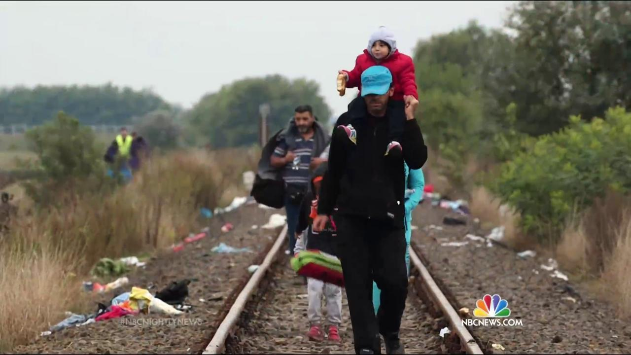 John Kerry Don T Rush To Judgment On Syria Refugees Resettling In The U S Nbc News