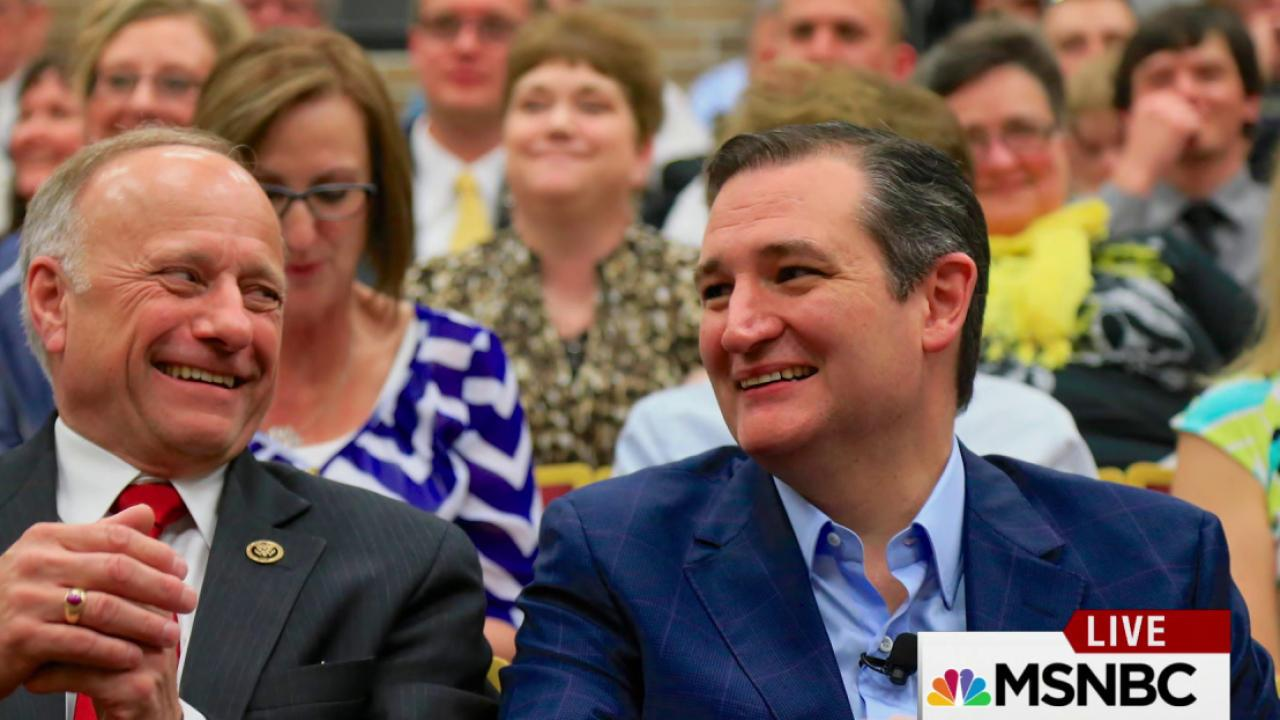 Cruz makes a big leap in Iowa poll