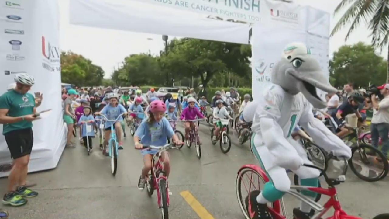 Miami Dolphins raise money for cancer