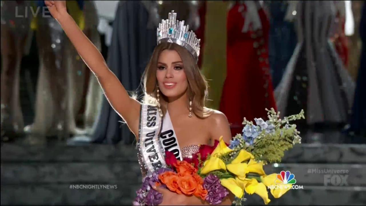 'I Have to Apologize': Host Steve Harvey Names Wrong Miss Universe Winner